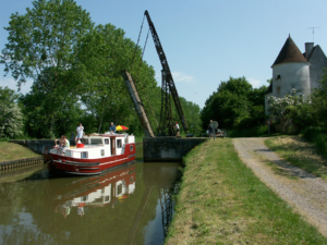 Barge hire in France